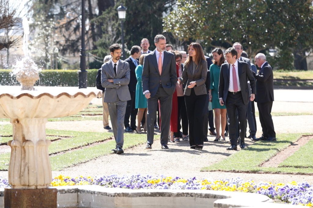AGENDA DE SM. REYES FELIPE y LETIZIA  - Página 75 Foto2217