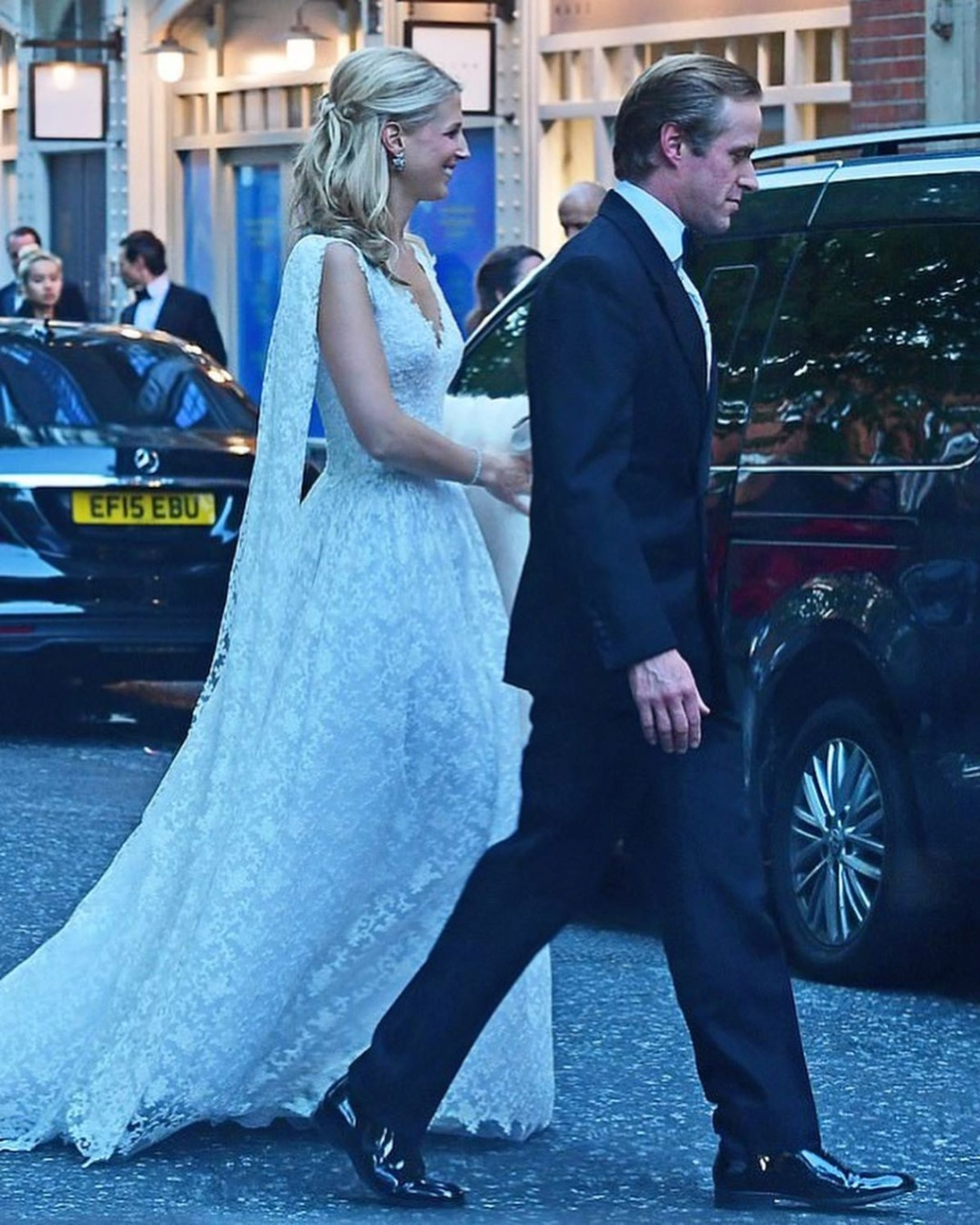 BODA DE LADY GABRIELLA WINDSOR Y THOMAS KINGSTON. EL 18/05 - Página 6 Foto4122