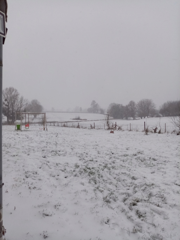 Tempête de neige en Bas Bugey Img_2266