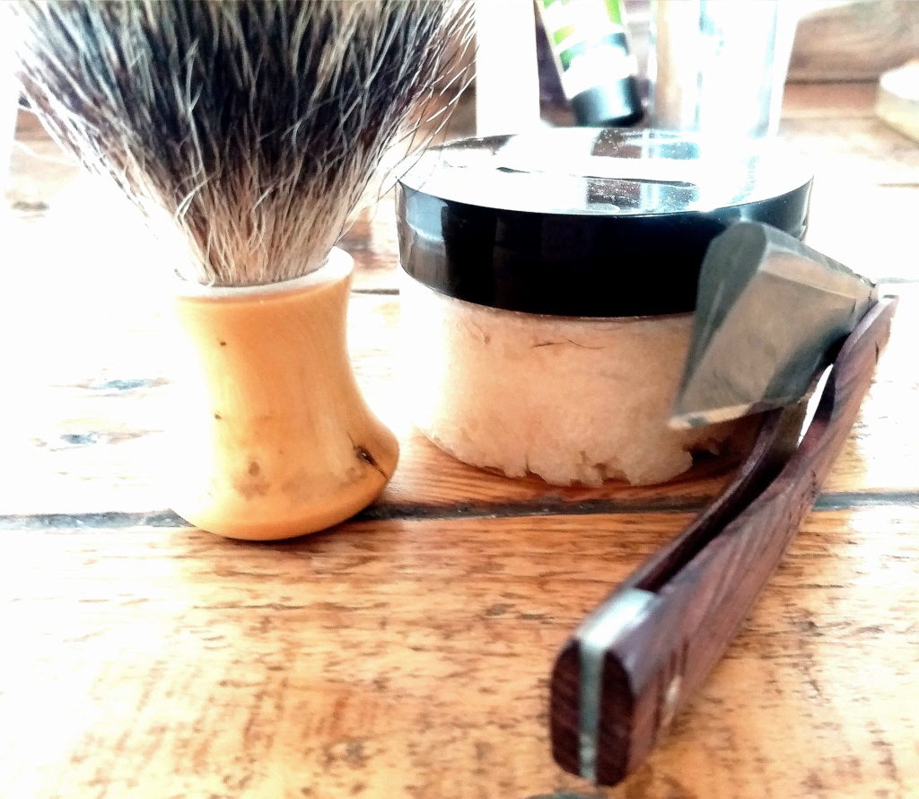 Shave of the Day / Rasage du jour - Page 14 Img_2384