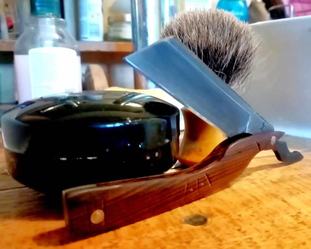 Shave of the Day / Rasage du jour - Page 26 Img_2416