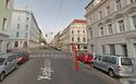 ПДД Австрии - знак главной дороги Stop10