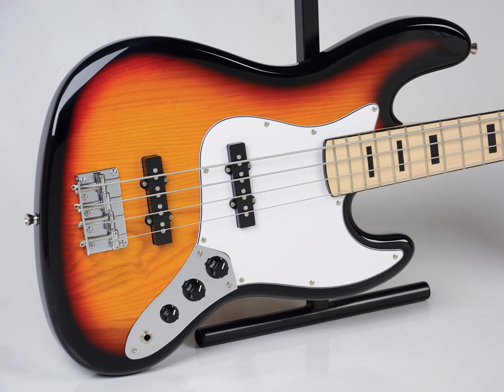 Strinberg lança uma linha jazz Bass. Jbs50_10
