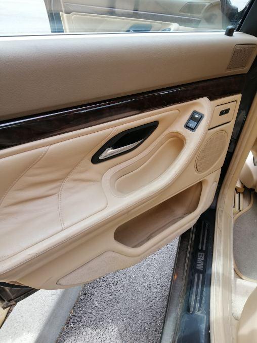 Ma 1er BMW --> 740 ia 1995 Img_2012