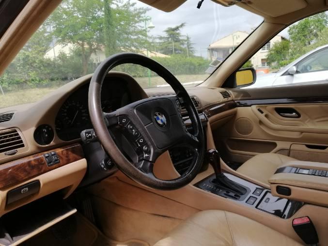 Ma 1er BMW --> 740 ia 1995 Img_2014