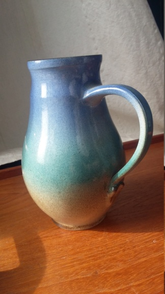Handsigned 1990s jug with graduated blue to sandy glaze imprinted plants 20190315