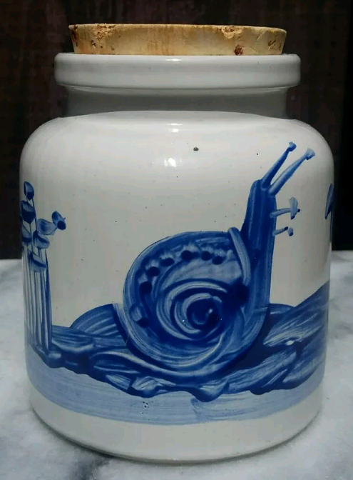 White and Blue Jar Cork lid wildlife theme signed MT Screen14