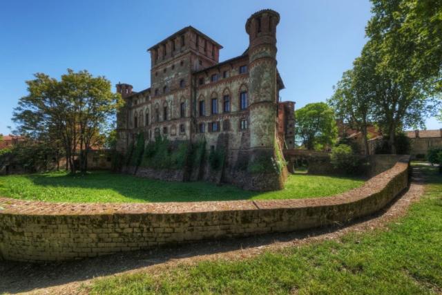 Castello di Leonardo - Piemonte - Piovera (Alessandria) 59874210