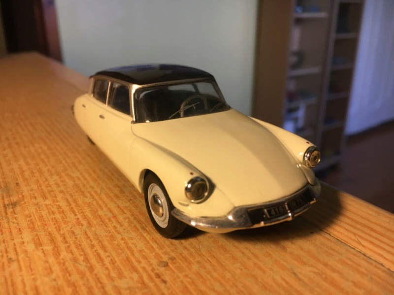 Ma collection de Citroën miniatures Img_1932