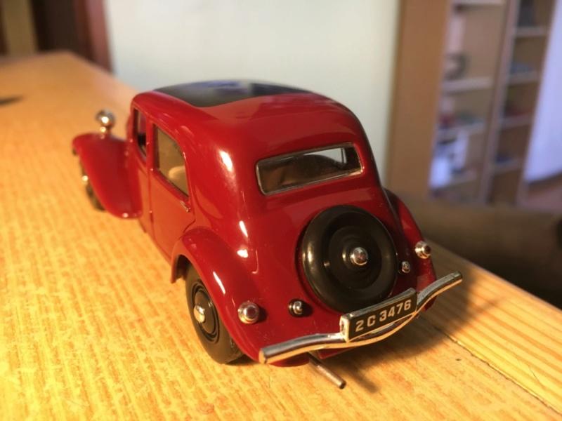 Ma collection de Citroën miniatures Img_1935