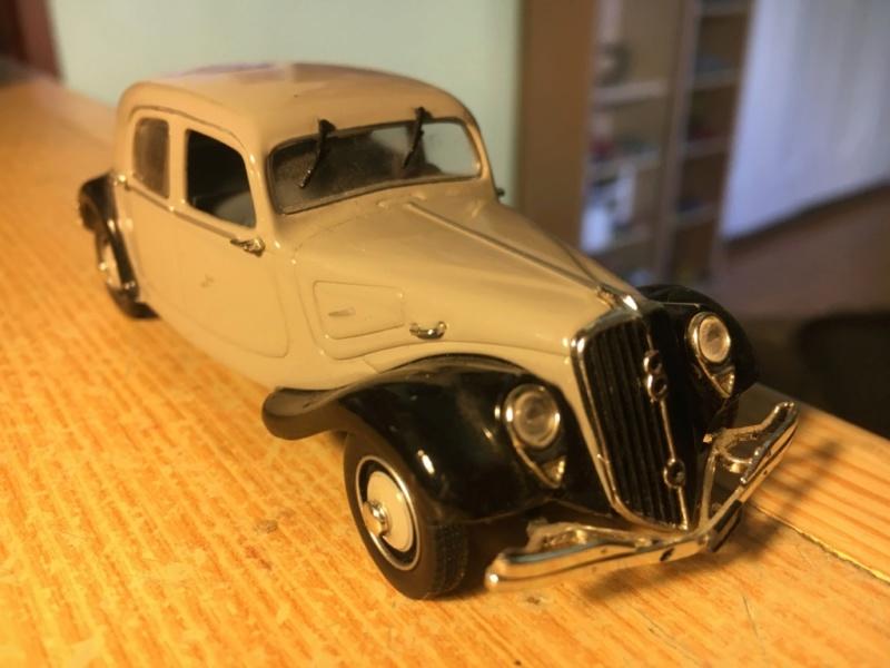 Ma collection de Citroën miniatures Img_1940