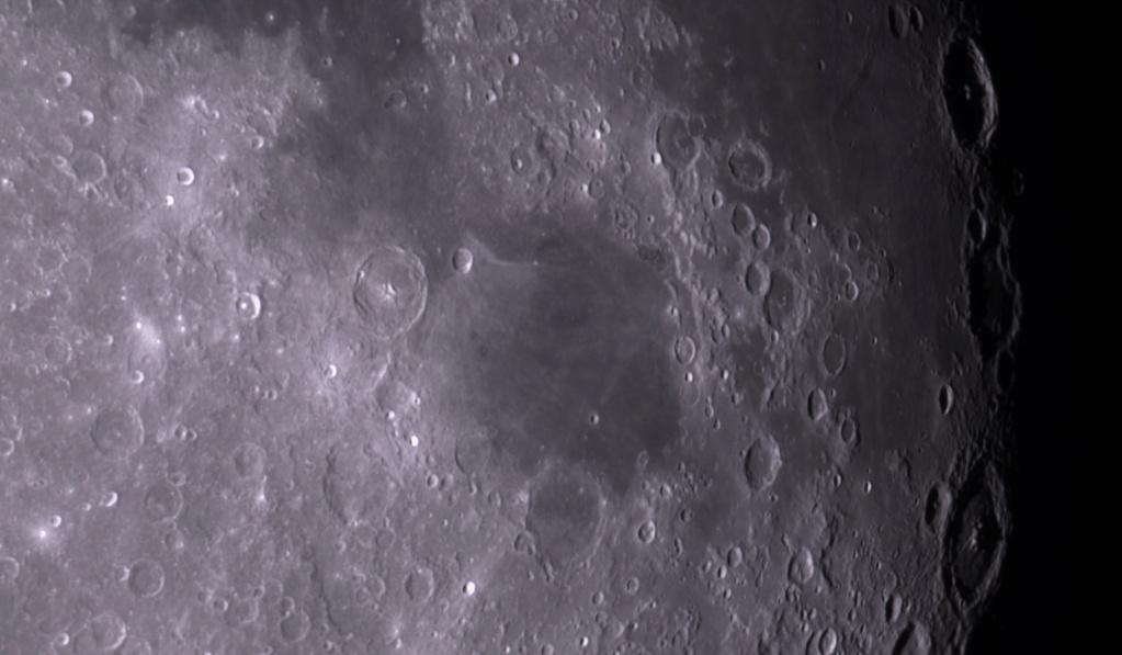 Deux bouts de lune  2021-011