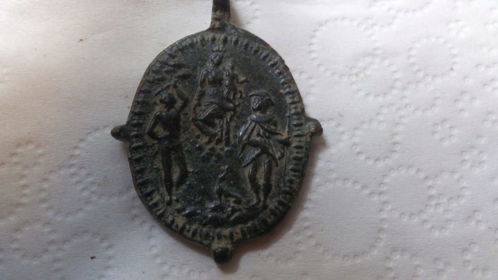 Papa  Pío V / Virgen con Niño entre San Sebastián y San Roque, S. XVI (R.M. SXVI-O30) Medall10