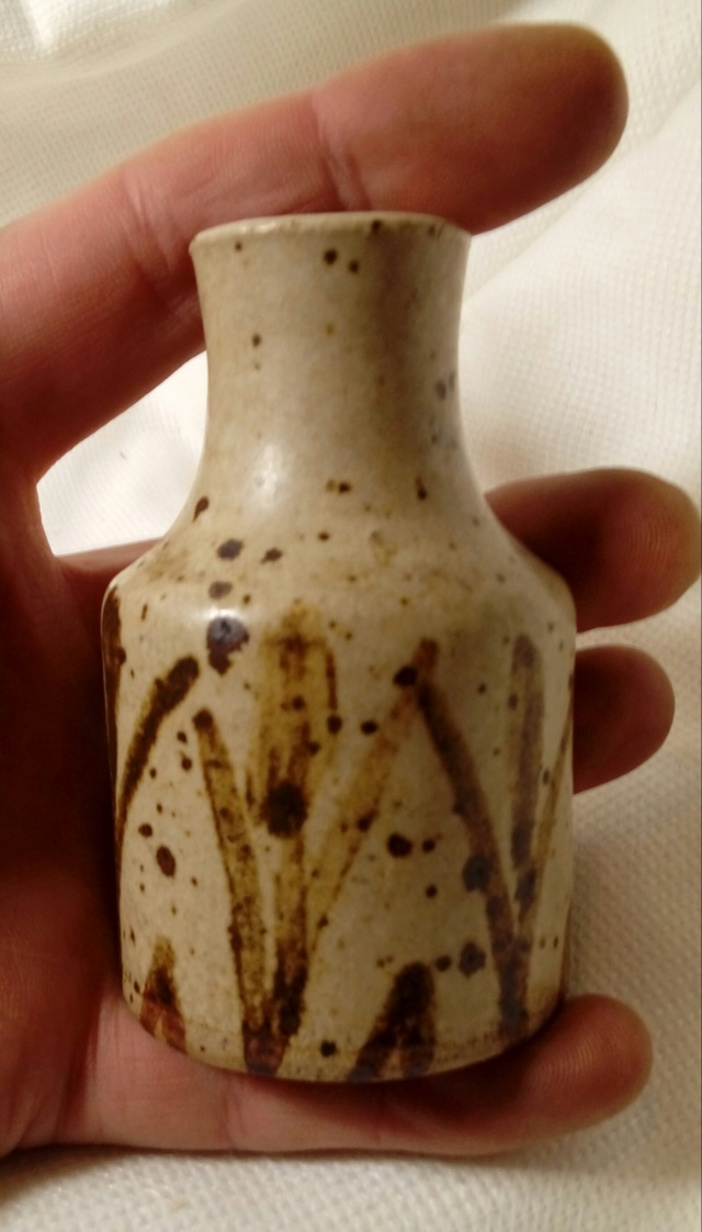 Sweet little stoneware bottle vase. Unsigned. 20200266