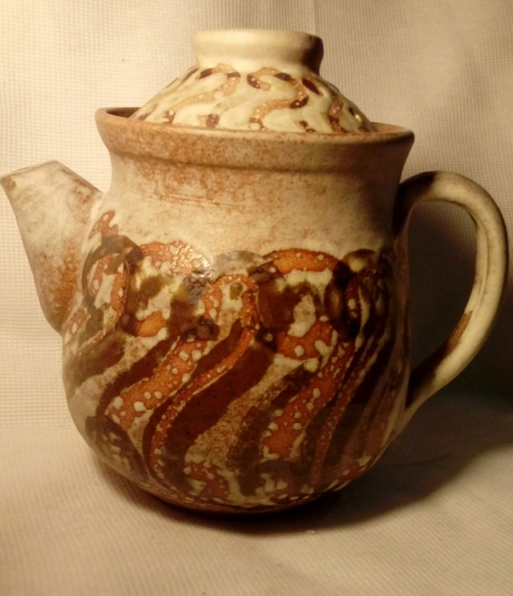 Short, fat (but not hairy) teapot, signed poss. MP  20200394