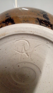 Another mystery pot, incised NP/ANP?  20200439