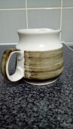 Grayshott Pottery, plus Kingwood Pottery 20200448