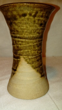 Partially glazed pot, EMB or FMB. 20200573