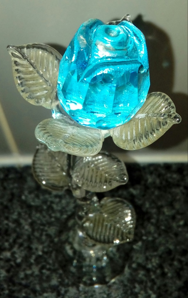 ID Crystal Glass Rose in box 20200616