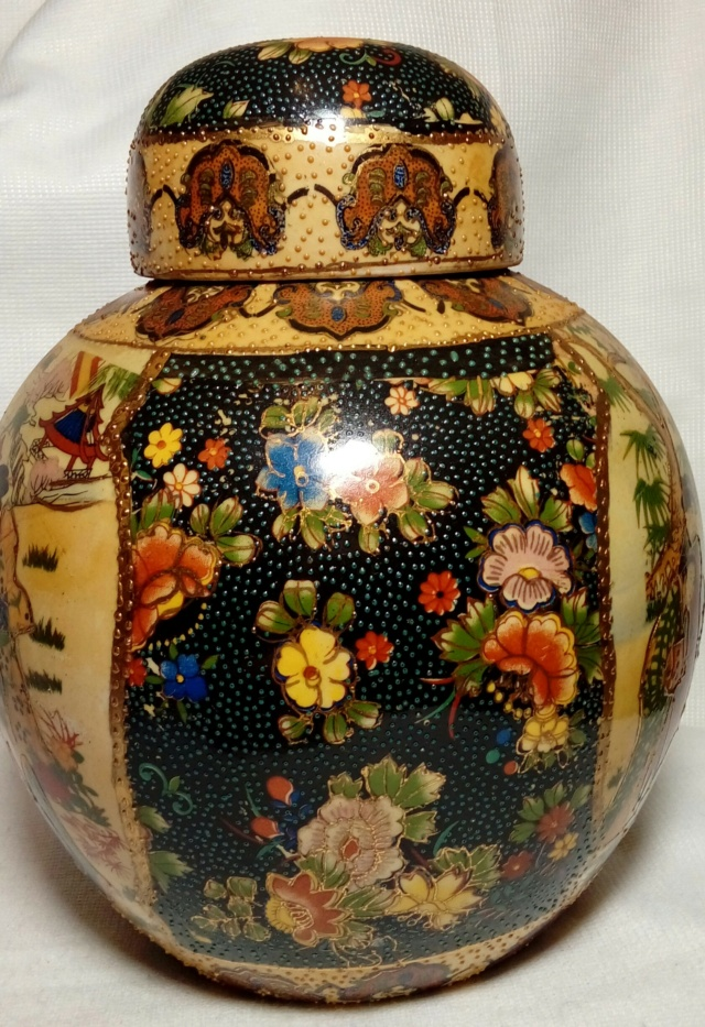 Pair of Chinese Satsuma style Ginger Jars and Larger Jar & Cover 20200860