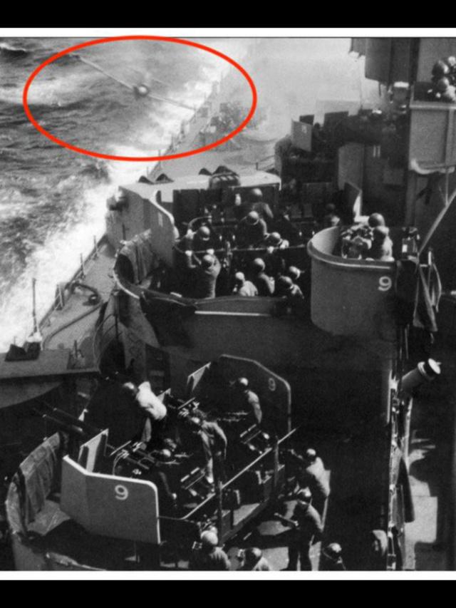 Photos prises en mer durant la WWII - Page 8 7e2e2610