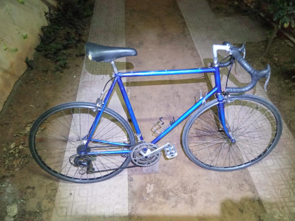 Cadre à identifier ou vélo à identifier Img_2011