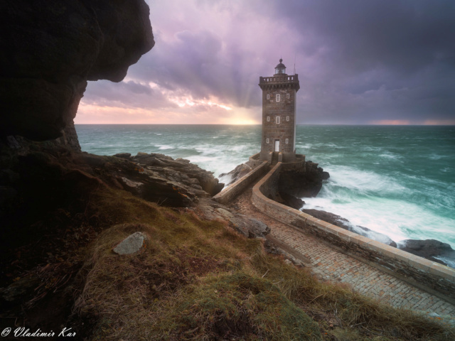 Phare du Kermorvan, Bretagne au coucher de soleil 50660310