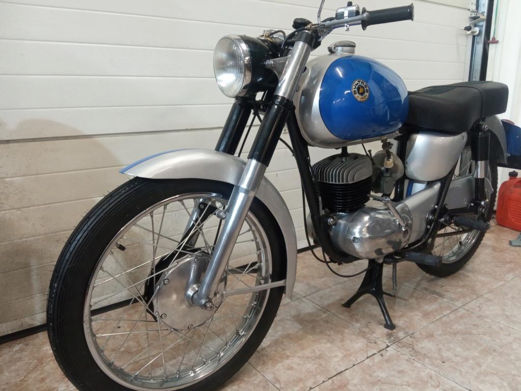 Bultaco 155 (NO ES El MODELO MERCURIO) Img_2011