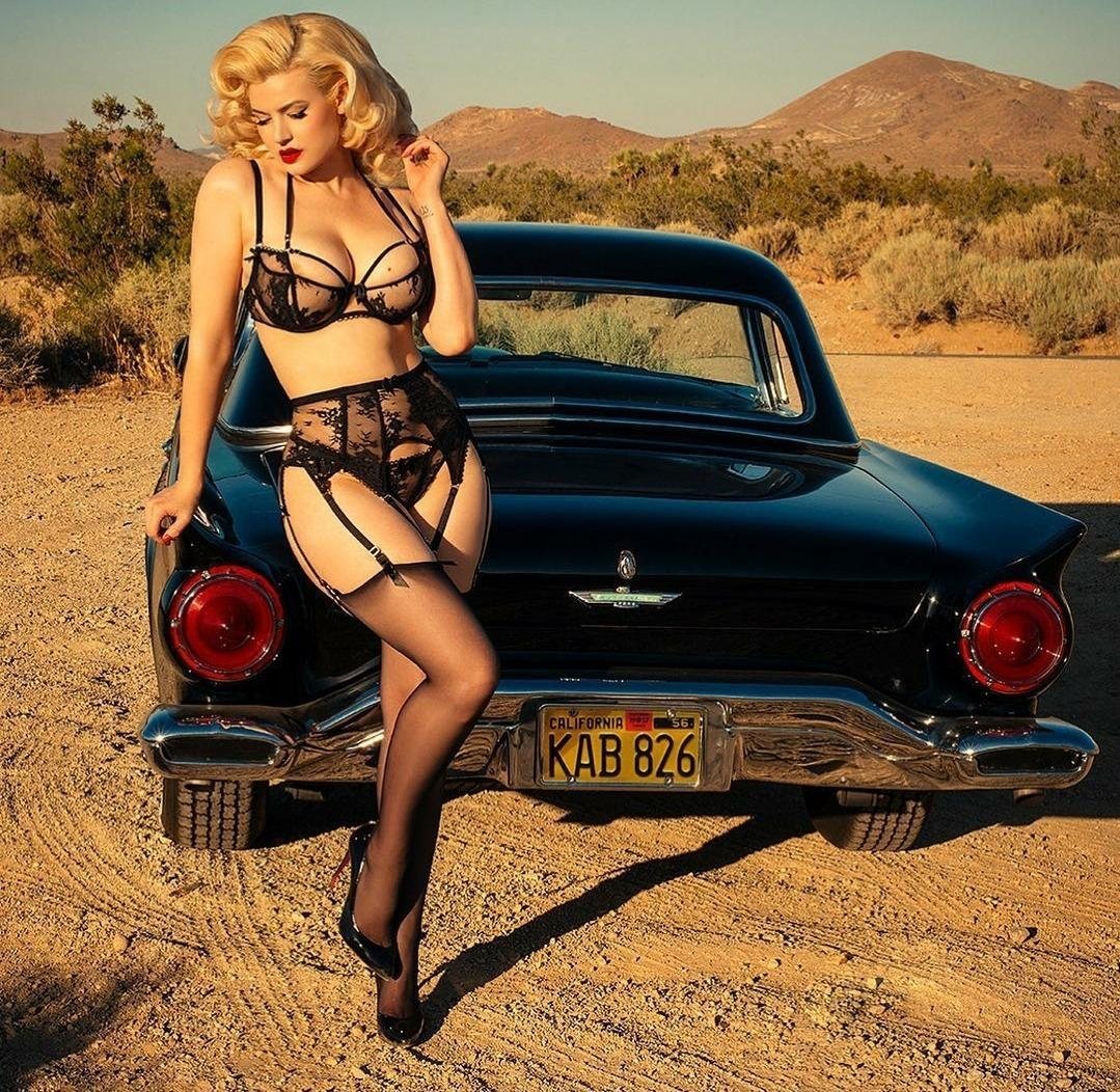 Pin-up et hotesse - Page 23 Tumblr11
