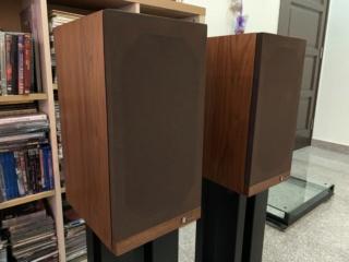 Bada Bookshelf Speaker  346c6010