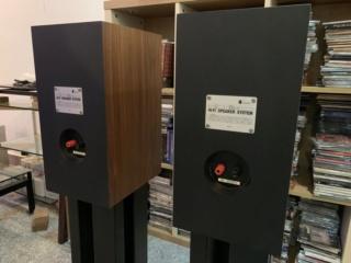 Bada Bookshelf Speaker  D5def610