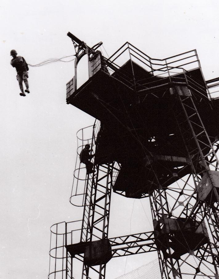 La tour de Départ du camp d'Idron et aussi les JPO Aamci_12