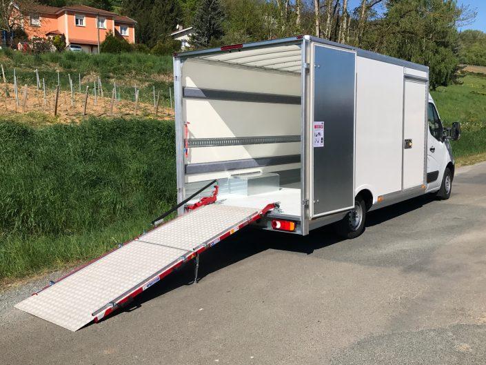 Aménagement d'un camion Img_5910