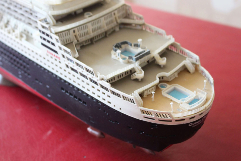 RMS Queen Mary 2 [Revell Platinium Edition v. LED 1/400°] de Jearchy Img_8033