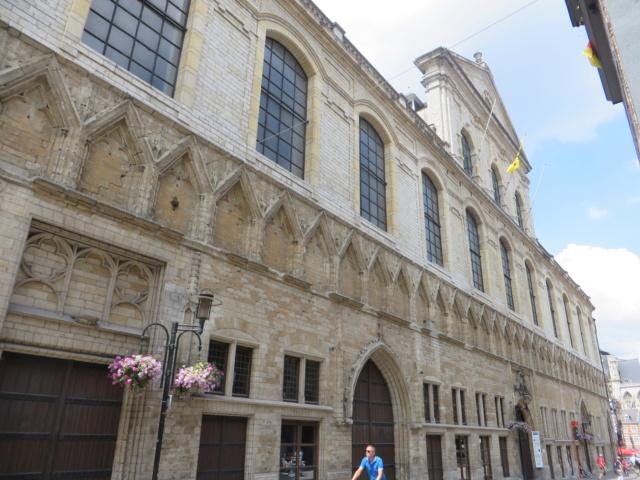 Leuven - ville de Belgique 03_hal10