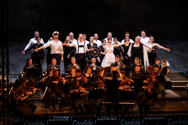 Opera Royal de Wallonie - Page 9 Candid14