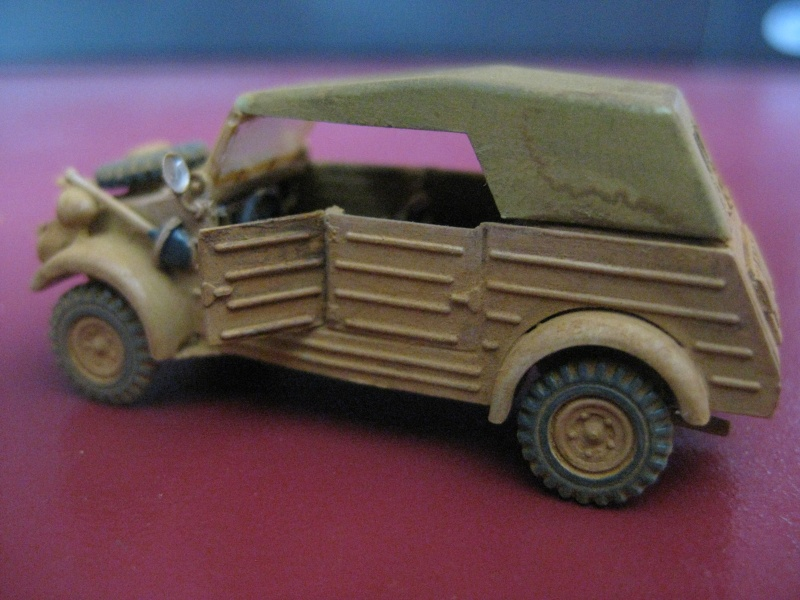 Kubelwagen ,WW.II Ground Vehicle Set [Academy 1/72 ] FINI! Kubelw10
