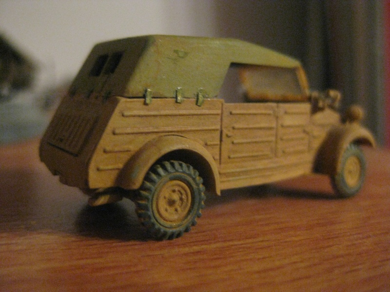 Kubelwagen ,WW.II Ground Vehicle Set [Academy 1/72 ] FINI! Vw182_10