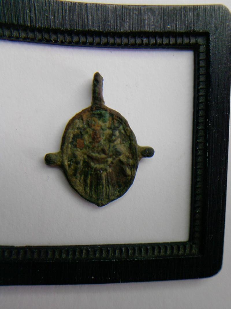 Médaille représentant le crucifix St-Sirolo / N-D-de-Lorette P0305113