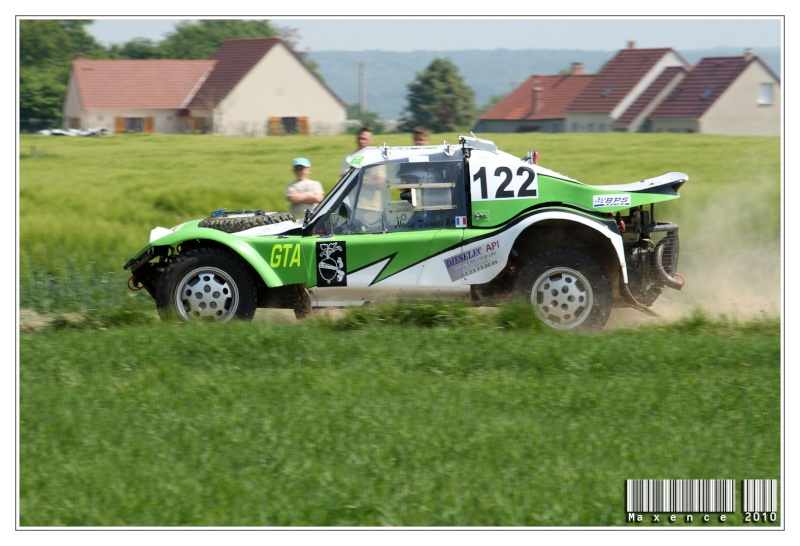 phil - 2 ES seulement pour le Phil's Car vert et blanc N°122 Img_8513