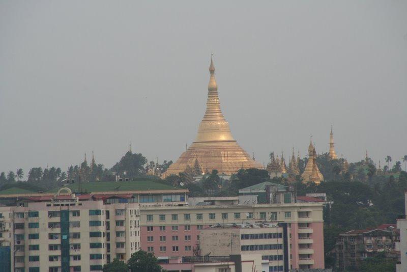 La pagode Shwedagon, Yangon, Birmanie Img_0615