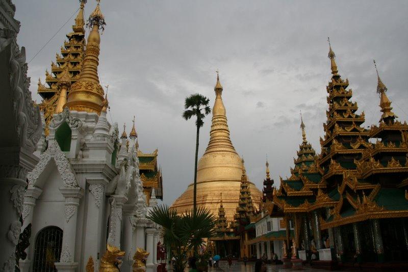 La pagode Shwedagon, Yangon, Birmanie Img_0617