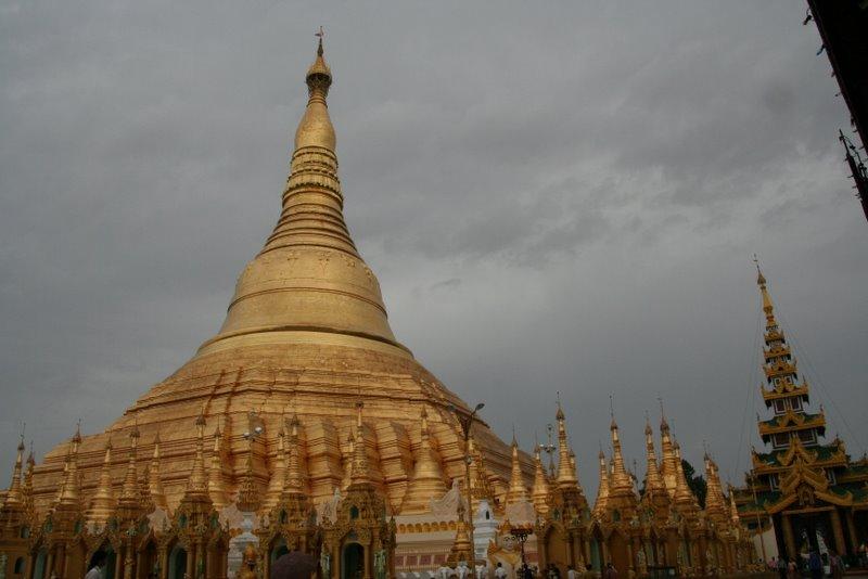 La pagode Shwedagon, Yangon, Birmanie Img_0619