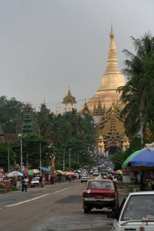 La pagode Shwedagon, Yangon, Birmanie Img_0621