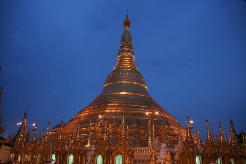 La pagode Shwedagon, Yangon, Birmanie Img_9810
