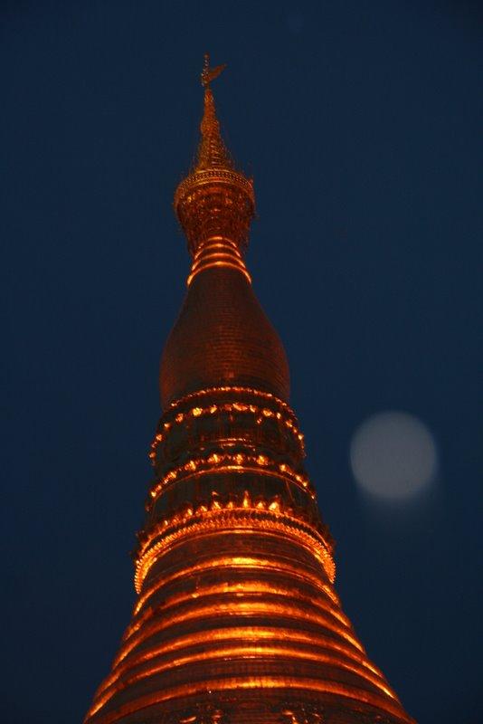 La pagode Shwedagon, Yangon, Birmanie Img_9813