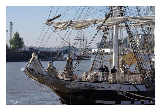 [ Marine à voile ] La Boudeuse - Page 2 Photo111