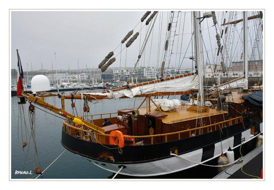 [ Marine à voile ] La Boudeuse - Page 2 Voilir16