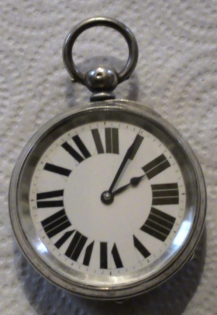 Besoin de vos lumières pour identifier une grosse montre gousset anglaise?? Aaaaa_10