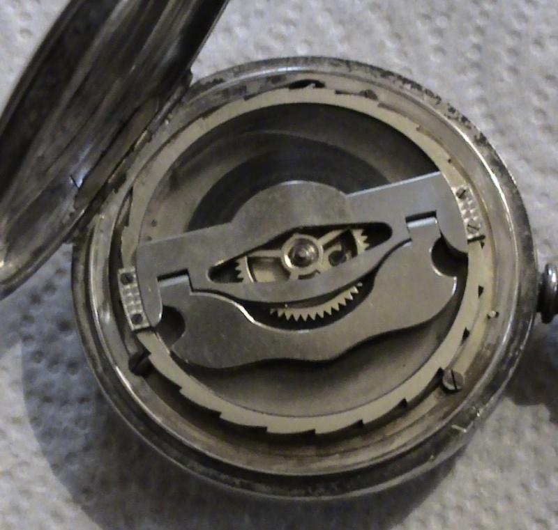 Besoin de vos lumières pour identifier une grosse montre gousset anglaise?? Aaaago10